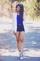 white Chicwish blazer - black BLANCO shorts - white zeroUV sunglasses