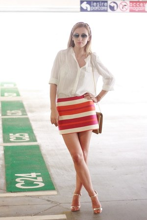 Celine skirt - white H&amp;M shirt - Moon bag - Ray Ban sunglasses - il passo heels