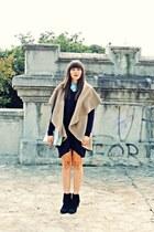 Sweater dress&camel waistcoat