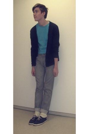 Lacoste shoes - Zara jeans - H&M sweater - socks - Takko t-shirt