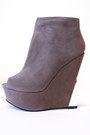 Camel-haute-rebellious-wedges