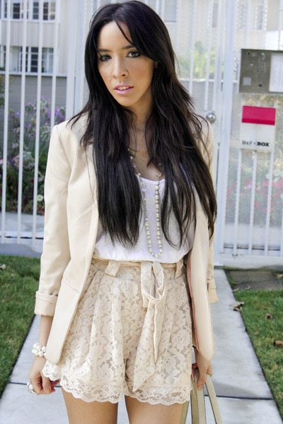 beige H&amp;M blazer - beige Forever 21 shoes - beige Target tights