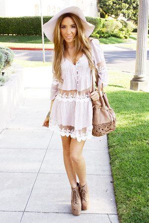 light pink contrast lace HAUTE &amp; REBELLIOUS blouse