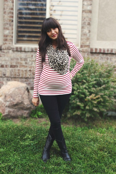 black cowboy Urban Outfitters boots - red striped Gap shirt