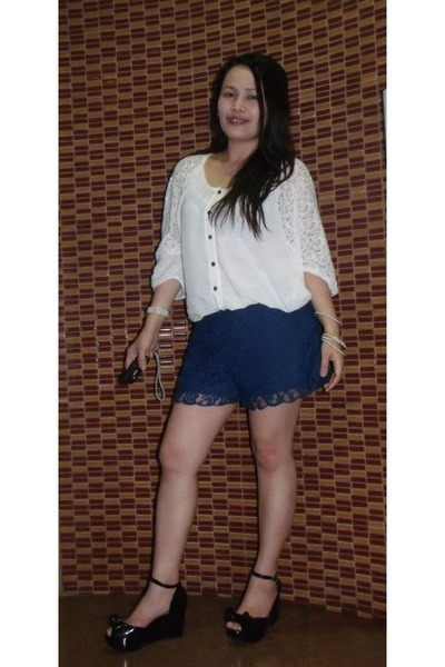 off white lace top ragazza blouse - black melissa shoes vivienne westwood shoes