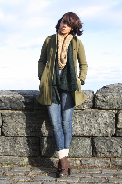 olive green Jcrew coat - teal bycorpus cardigan - brown apepazza boots