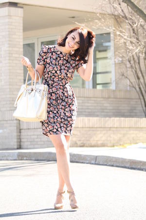 black floral Topshop dress - beige Pour La Victoire shoes