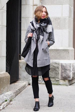 black Senso boots - charcoal gray OASAP coat - black Choies jeans
