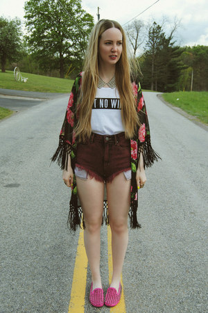 white gifted dimepiece shirt - maroon gifted Urban Outfitters shorts