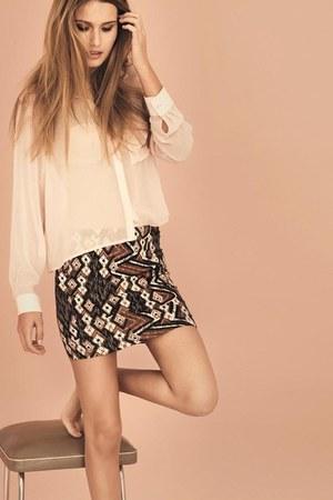 New Yorker shirt - H&M Trend skirt