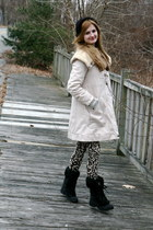 Marc by Marc Jacobs coat - H&M leggings - coach boots