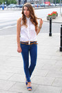 Navy-bershka-pants-white-bershka-blouse-blue-secondhand-heels