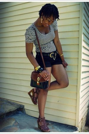 H&M blouse - Forever 21 shorts - Old Navy shoes - vintage purse