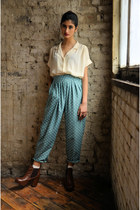 teal polka dot DollsMaison pants - dark brown leather chelsea Office boots