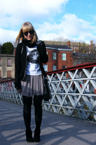 black Bershka shoes - black tights - black Marc B accessories - pink Awear skirt