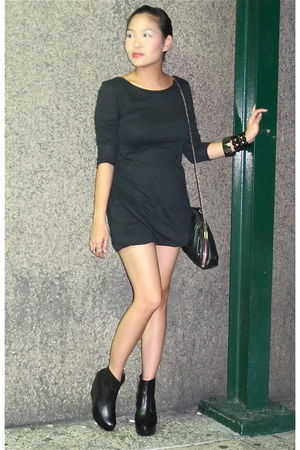black Soule Phenomenon boots - black Zara dress