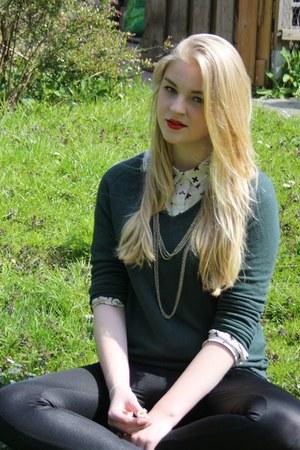 crossed H&M blouse - leggings - New Yorker sweatshirt - second-hand necklace