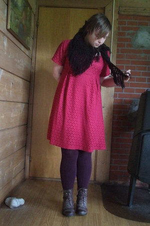 red lace H&amp;M dress - brown boots - purple Pierre Robert tights