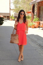 salmon Joa Closet dress - bronze olivia & joy bag - ray-ban sunglasses