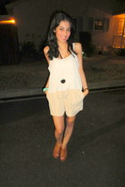 eggshell foreign exchange top - camel H&M shorts - tawny Forever21 wedges