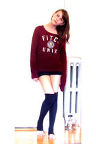 red abercrombie and fitch sweater - black shorts - gray Forever 21 socks