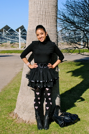 black Topshop tights - black Forever 21 skirt - black Forever 21 boots - Forever