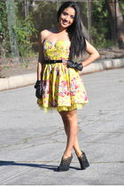 yellow Fashion Gal dress - black Forever 21 boots