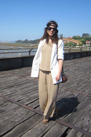 white Zara blazer - beige Lakra suit - brown Misako purse - green BLANCO shoes