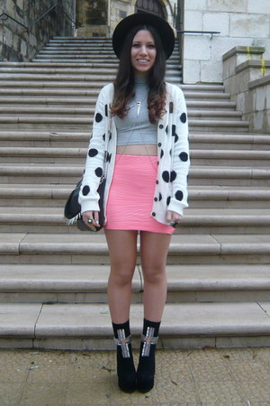 white pull&amp;bear cardigan - black Jeffrey Campbell boots - pink Bershka skirt