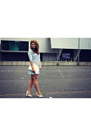 Zara dress - Zara bag - Nelly heels