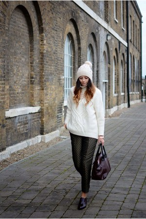 gray H&M pants - crimson new look shoes - cream Primark hat
