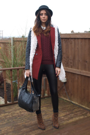 brick red Internacionale coat - bronze Zara boots - maroon H&M sweater