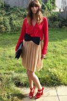 black H&M belt - red new look shirt - black Chanel bag - red Kurt Geiger heels