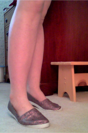gold DIY shoes