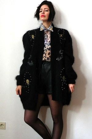 vintage jacket - vintage shorts - lace H&M bra - silk chiffon vintage blouse