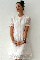 white vintage dress - gold Etsy necklace - gold bangle seagal Etsy bracelet - go