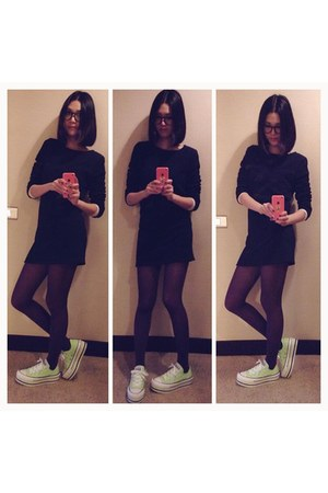 lime green Converse shoes - navy dress - deep purple stockings - black glasses