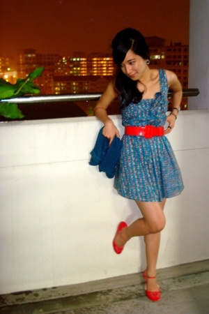 red Vincci shoes - blue Bugis Village dress - blue jacket - red belt