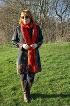 red scarf - gray floral dress dress - deep purple purple tights tights