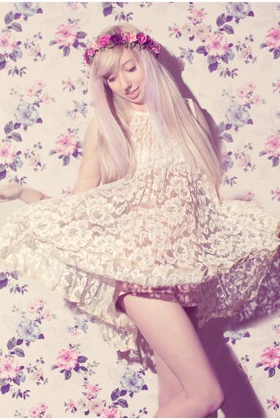 ivory super old lace vintage dress