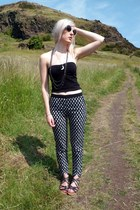 Jazzy Trousers on Arthurs Seat