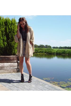 black Bershka shoes - black Only t-shirt - beige H&M cardigan - beige SPS skirt