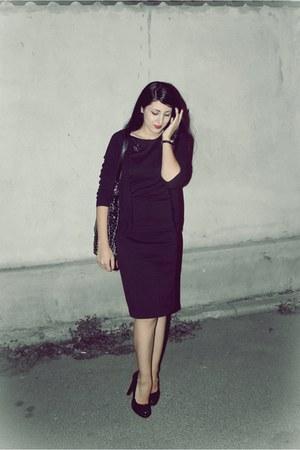 second hand dress - second hand bag - Zara cardigan - second hand heels