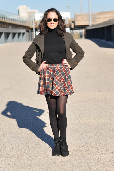 ruby red plaid romwe skirt - army green Zara jacket - black BLANCO jumper