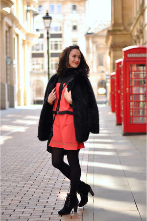 black Mango boots - hot pink Titis Clothing dress - black faux fur Choies coat