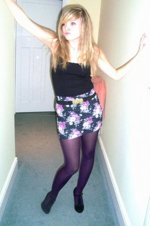 black H&M top - purple Newlook skirt - purple Newlook tights - black Topshop bel