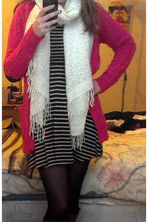 navy stripes Primark dress - white new look scarf