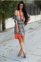 Zara dress - Primark bag - Dayaday necklace