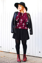 maroon cross Forever 21 sweater - maroon H&M boots - black Zara jacket