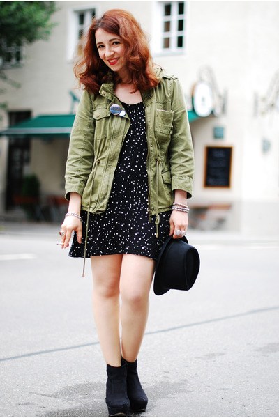 black star printed Zara dress - olive green military Zara jacket